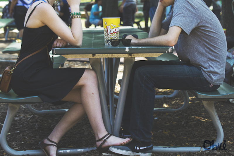Feet-picnic-bench-popcorn-lincoln-park-couple-summer