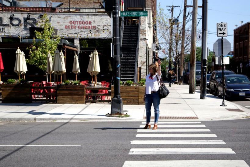 Woman-short-hair-Chicago-Street-Taxi