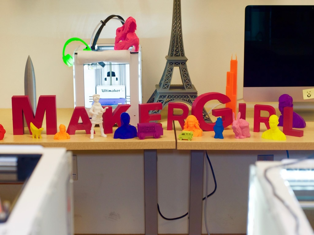 MakerGirl KickStarter 3D Printing Women In STEM